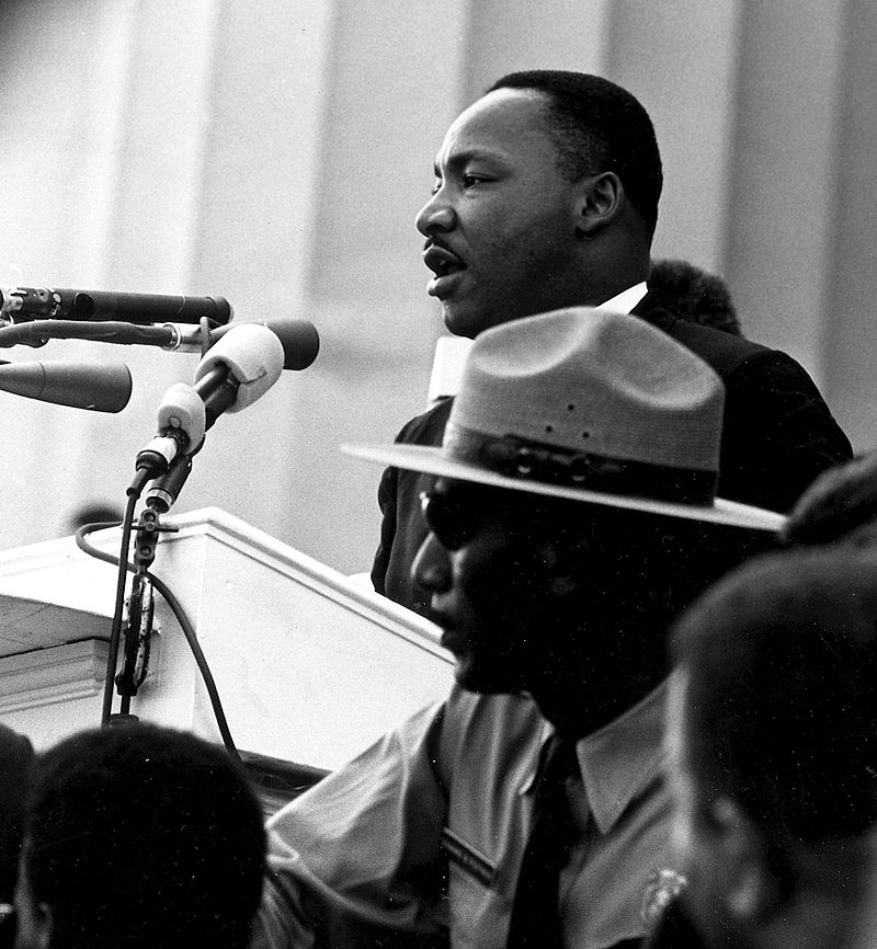 800px-martin_luther_king_-_march_on_washington
